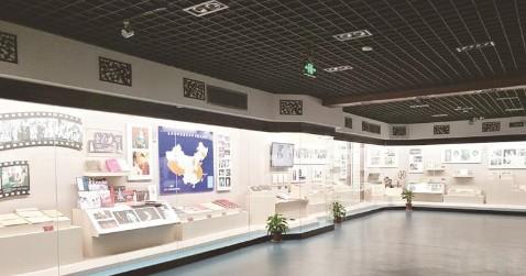 走进中国黄梅戏博物馆 感受黄梅戏诞生、发展的曲折历程