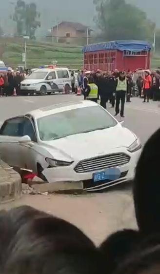 重庆垫江交通事故 肇事司机已控制