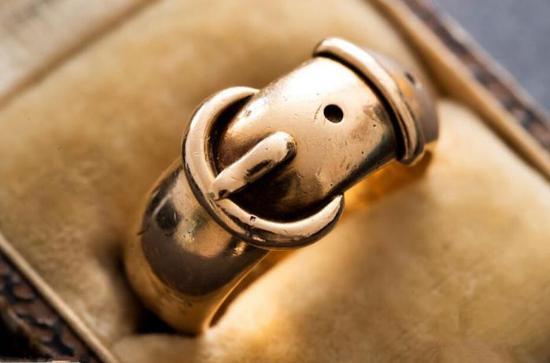 爱尔兰作家王尔德戒指被盗17年后被寻回