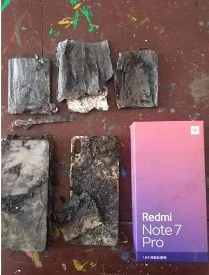 红米手机被爆自燃 客服:并非质量问题