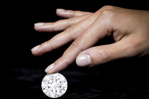 最新一克拉钻石价格表