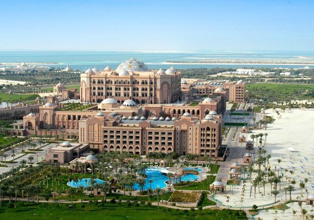 世上唯一的八星级酒店 豪华的我们想象不到!