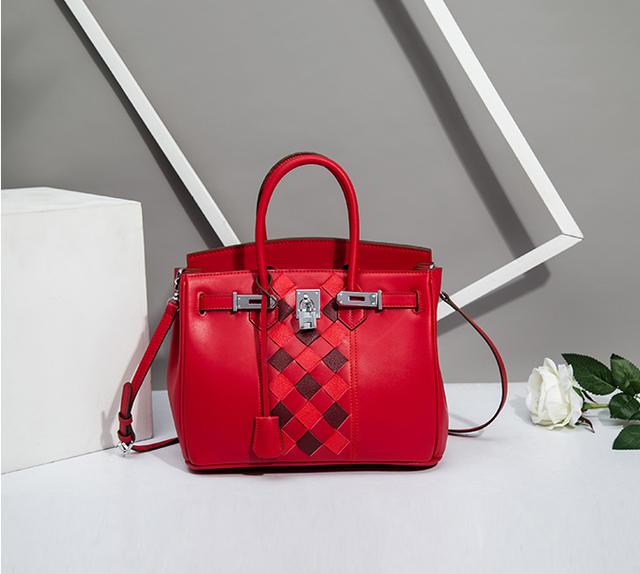 几款适合过年背的红色包包 你喜欢吗?
