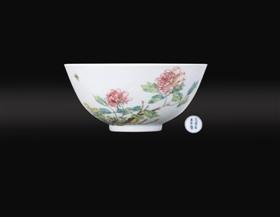 「财源滚滚图片」清雍正粉彩花卉纹碗鉴赏