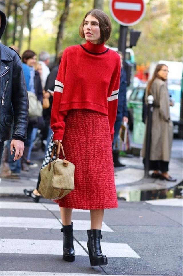新年学时尚博主 拿下红色系穿搭都没问题!