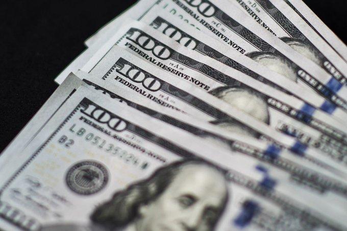 新债王冈拉克坚信美元将大幅贬值