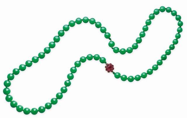 佳士得2019年拍卖价格超过1000万的珠宝系列
