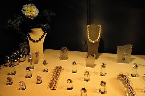 去香港买珠宝 真的不便宜!