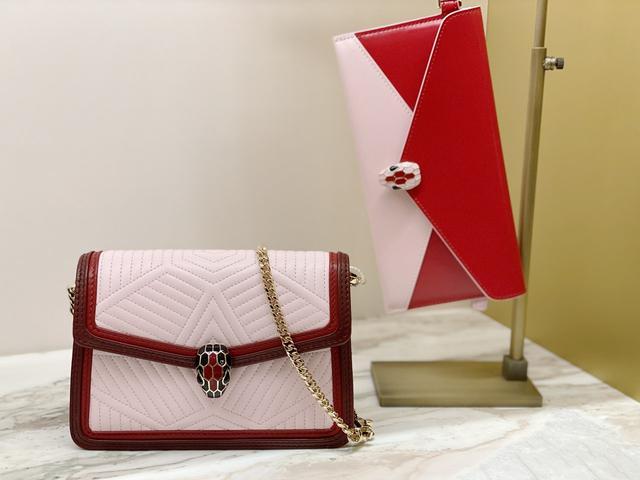 奢侈品宝格丽新年发力 一口气推出10款新款包包!