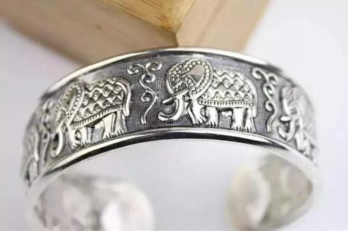 泰银、藏银和苗银的区别