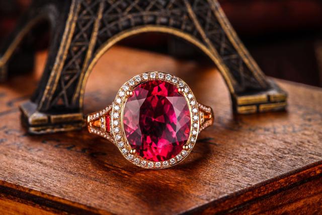 红蓝宝石哪个价值更高呢?
