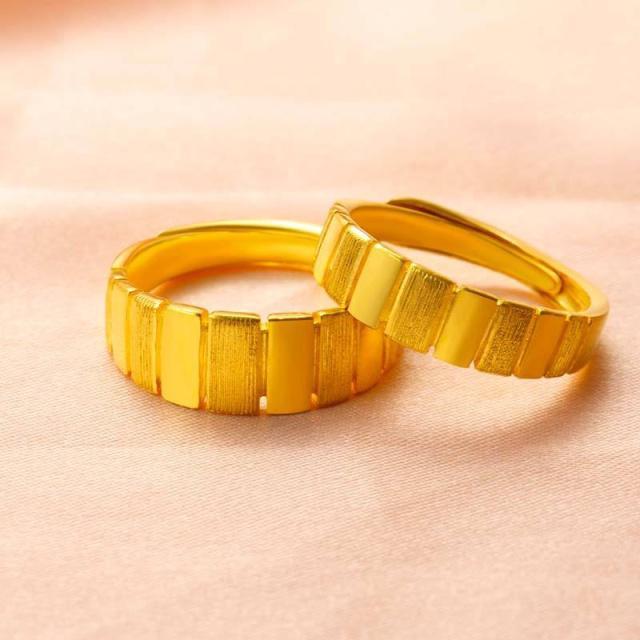 30岁女人看看这些黄金首饰 佩戴起来时髦又显年轻
