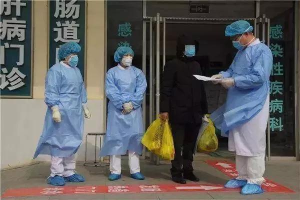 感染新冠肺炎不仅隐瞒还乱跑 患者刚出院就被拘留