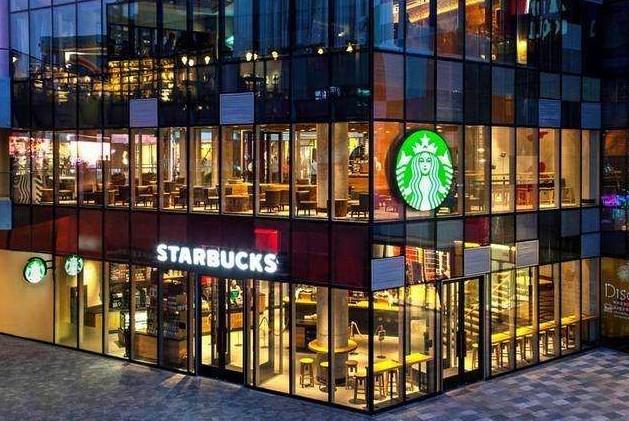 餐饮店纷纷关门 为什么星巴克仍有半数门店能正常营业?