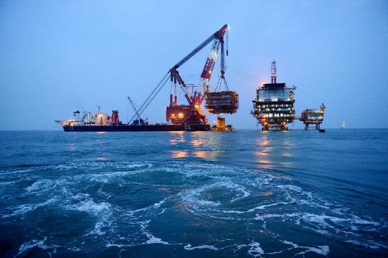 上海原油创一周新高 EIA报告多空信号各有