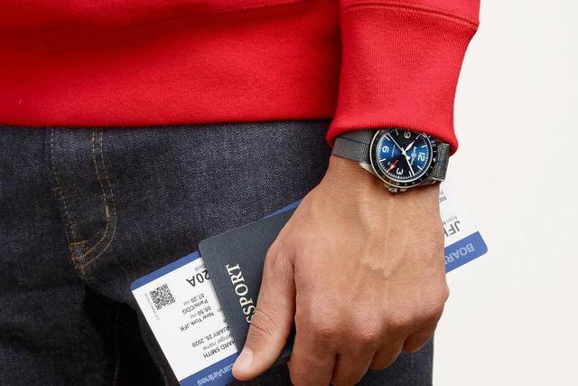 红蓝圈很常见 你有见过蓝灰圈柏莱士腕表吗?