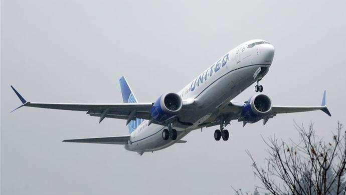 波音737MAX型客机燃料箱发现异物