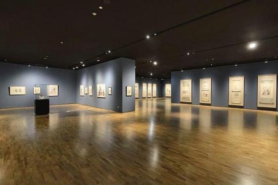 线下美术馆也正在走出馆舍 将更多艺术之美带给大众