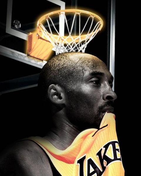 「黄鹤楼酒价格表」篮球巨星科比的部分遗物将于4月份进行拍卖