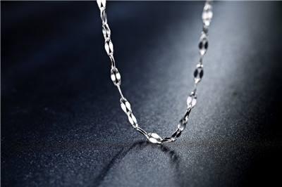 有哪些方法可以区分白银与铂金?