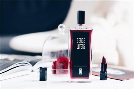 这3支香水意义非凡 听完它的故事你想拥有吗?