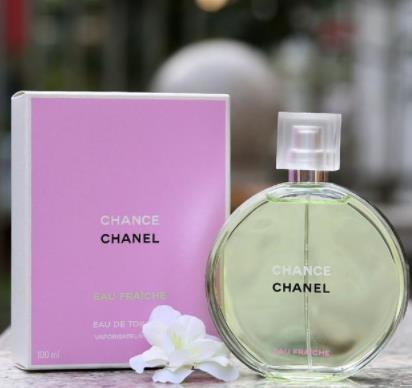 魔力十足的香奈儿香水 让人变得淡雅柔和!