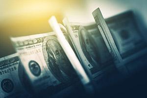 特朗普考虑1.2万亿美元刺激方案 美联储重启商票工具