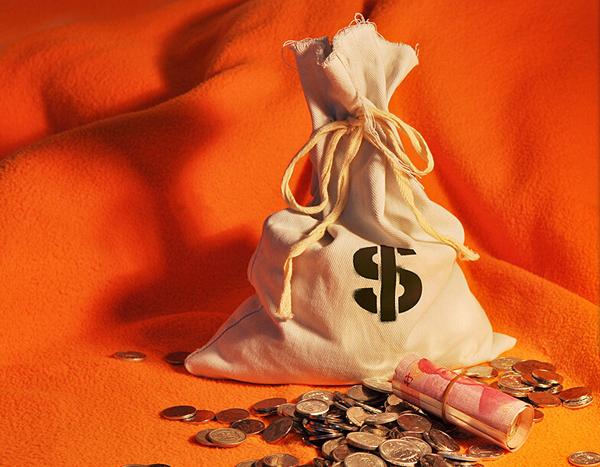 投行称美国GDP将暴跌13% 欧元 英镑 日元日内技术点位分析