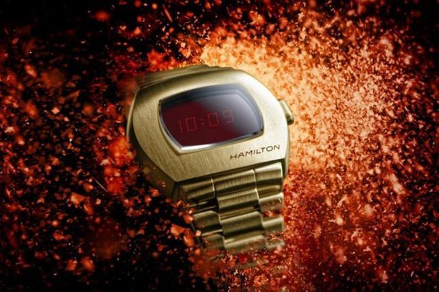 为致敬这款革命性的数字腕表 汉米尔顿再次推出了PSR复刻腕表