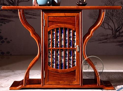 """""""现代风咏瓷条案红木柜""""一套红木家具多少钱?"""