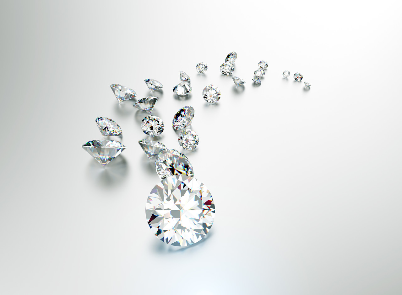 网上那些钻石真假鉴定方法 真的是谣言吗?
