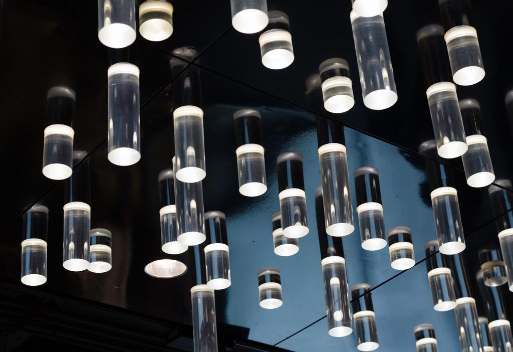220盏照明灯确保防汛夜间安全