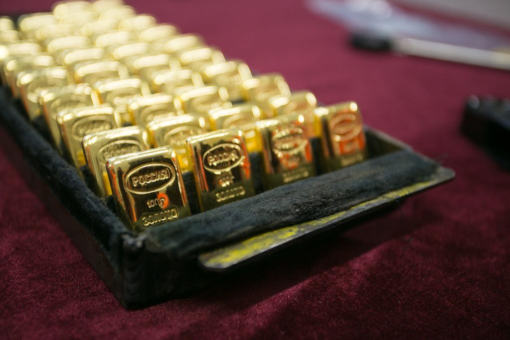 美元走强抑制金价涨势 纸黄金本周初解析