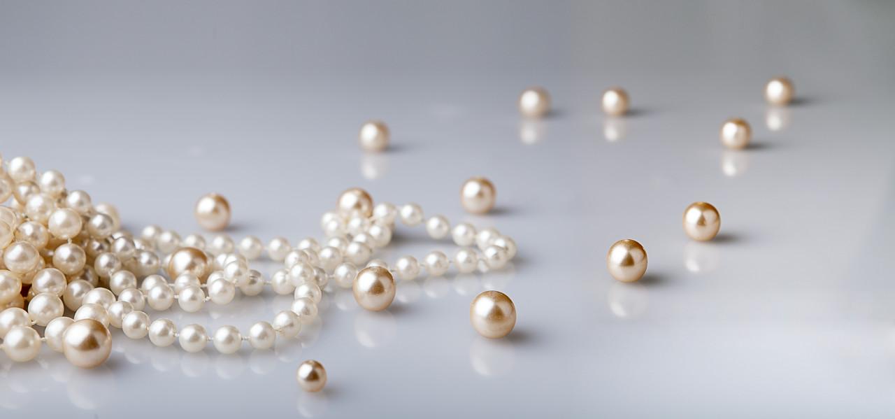 美丽天成的珍珠是上帝的礼物、是女性的爱物