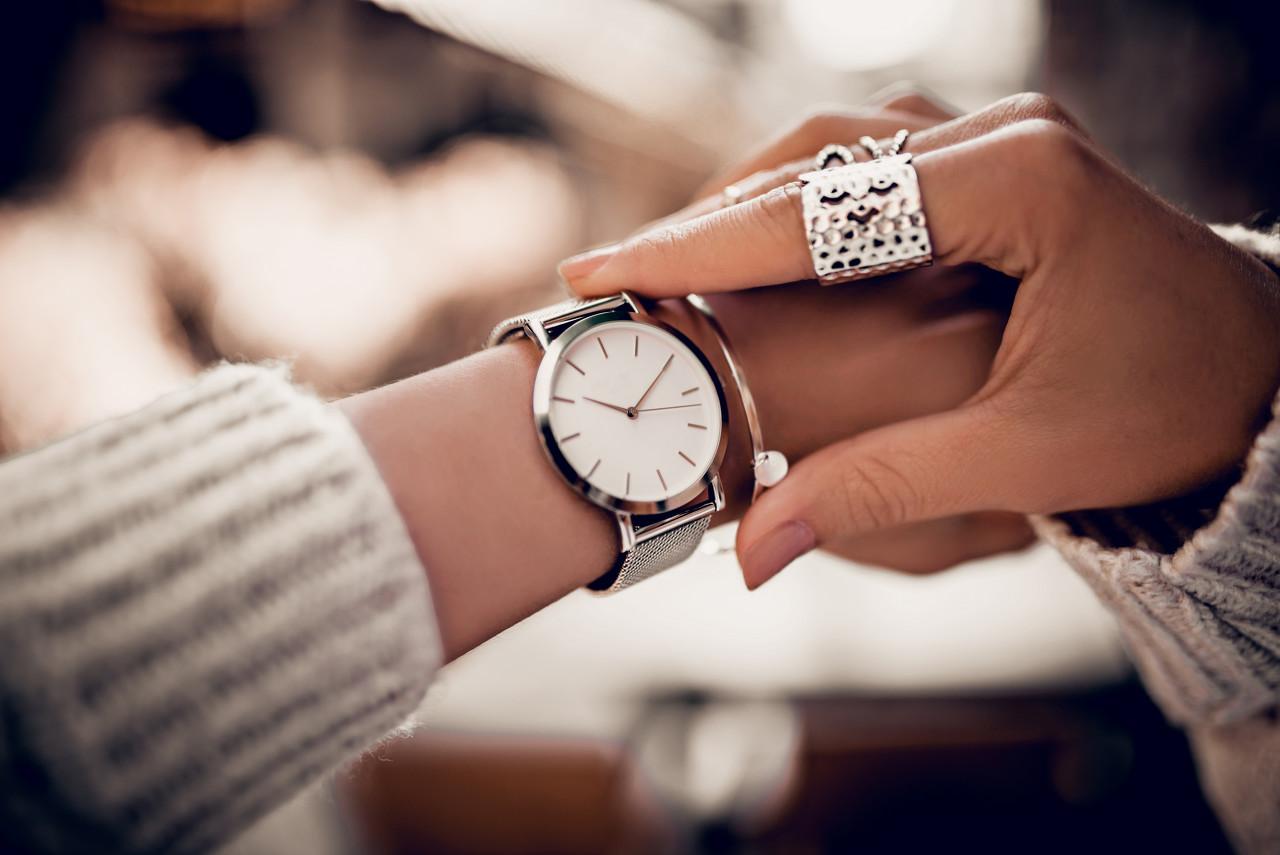 Gucci腕表珠宝 以银色打造淡雅风情