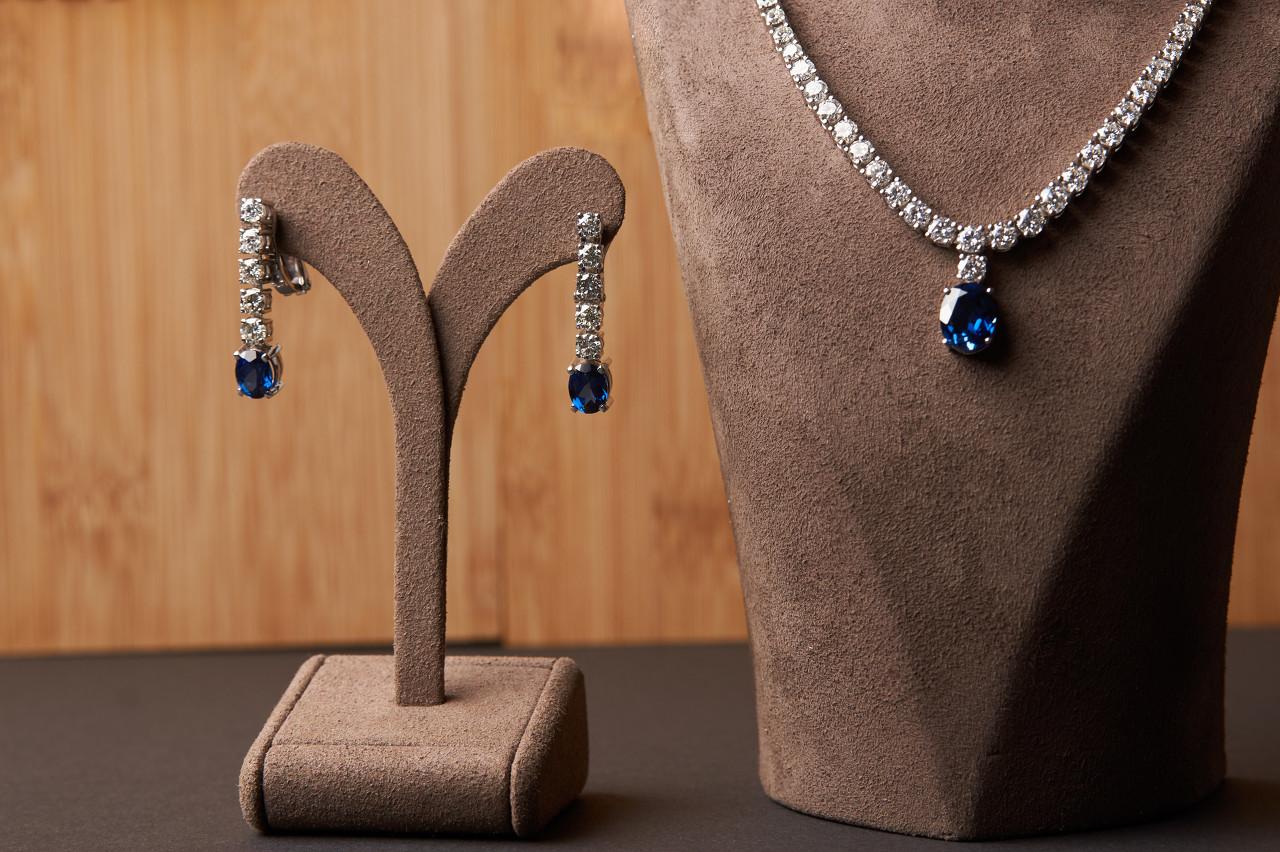 60年代极品蓝宝石珠宝套系亮相苏富比珠宝拍卖专场