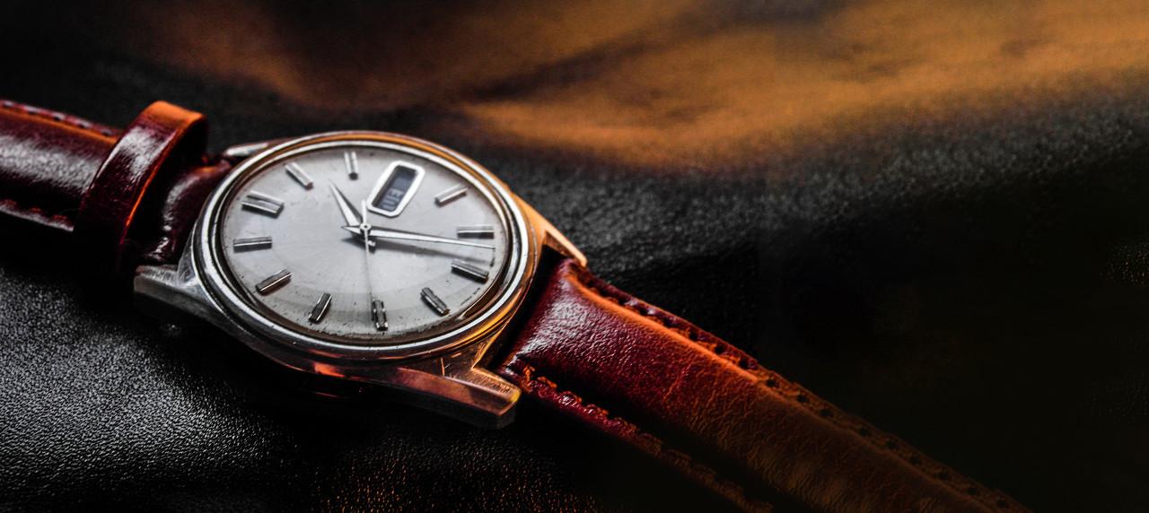 西铁城发布限量版纪念腕表 庆贺舒博钛TM腕表诞生50周年