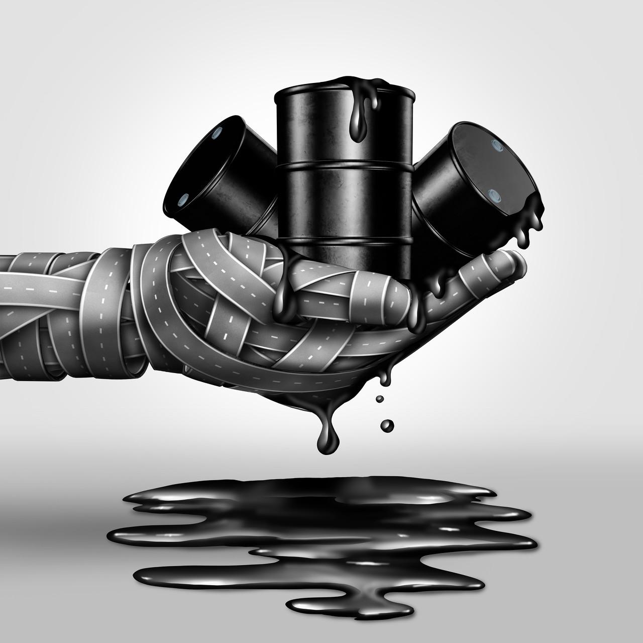 油价或首迎八连涨 汽柴油价格或将上调270元/吨