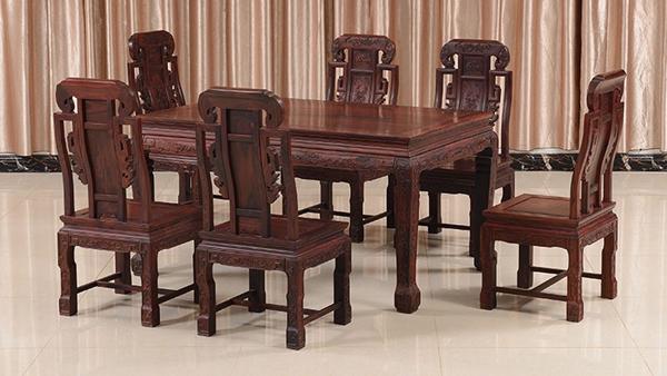 """""""瑞名华红木餐桌""""红木家具多少钱一套"""