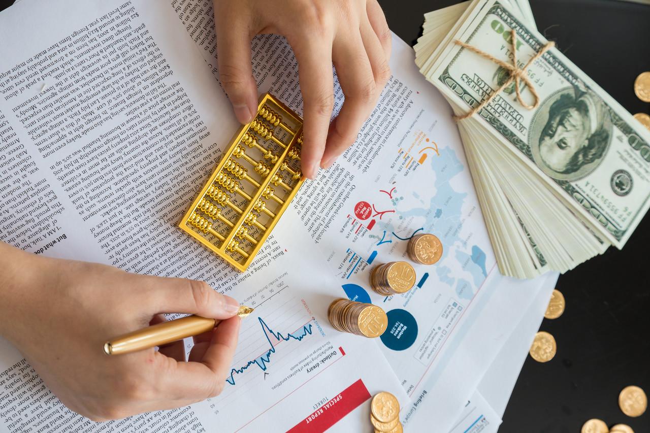 通胀前景光明美元强劲 金价后续可能继续走弱