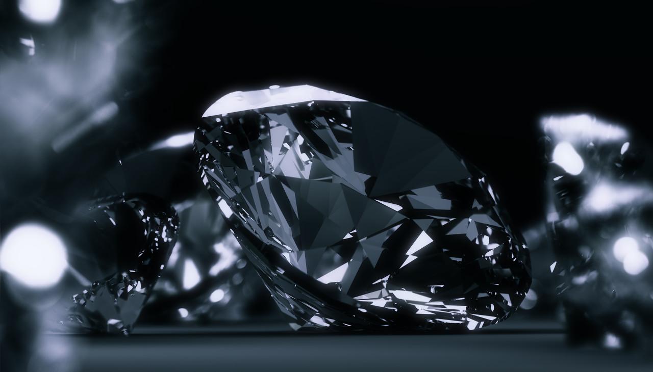 戴比尔斯钻石研究机构 给与人们关于永恒光芒的自然启示