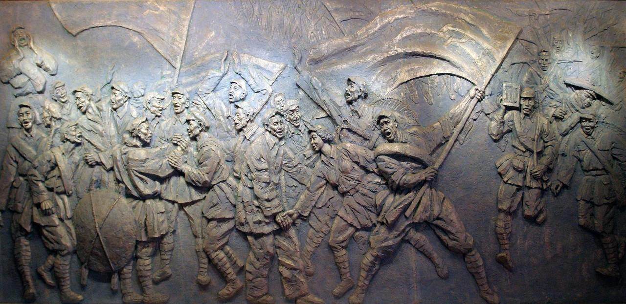 一面红军墙 五代人守护