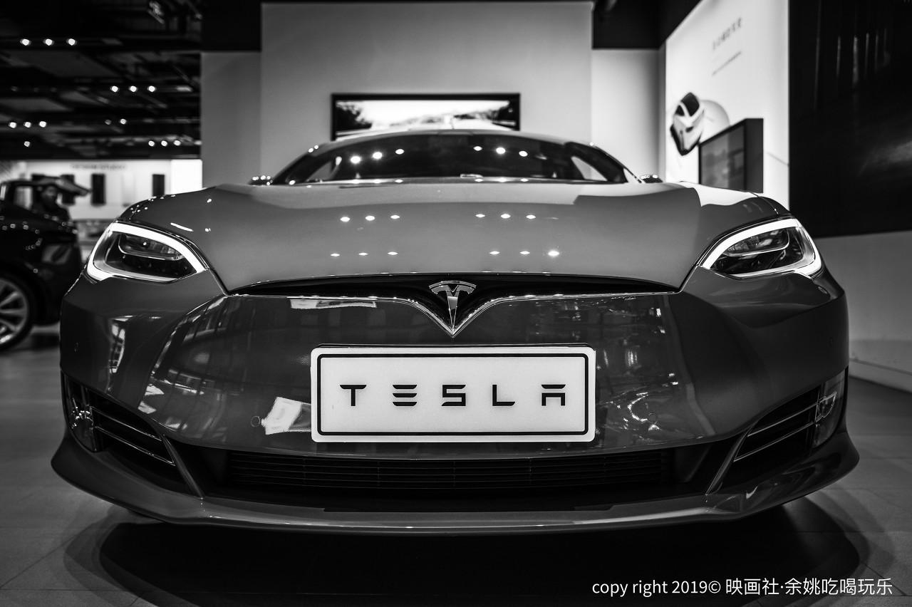 特斯拉市值一夜蒸发2082亿 盈利并非来自汽车销售