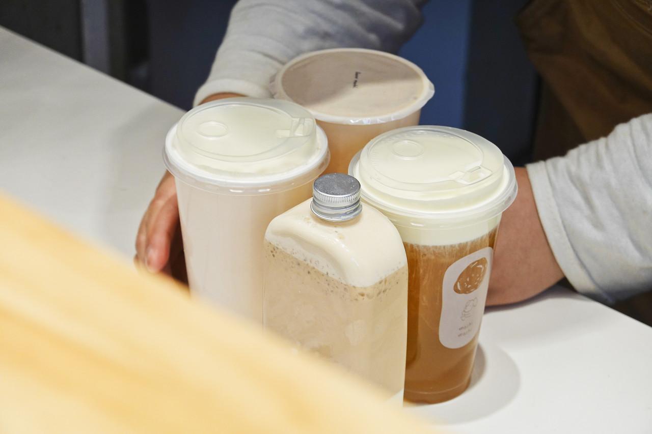 奶茶涨价了 经济能力跟不上涨的速度了