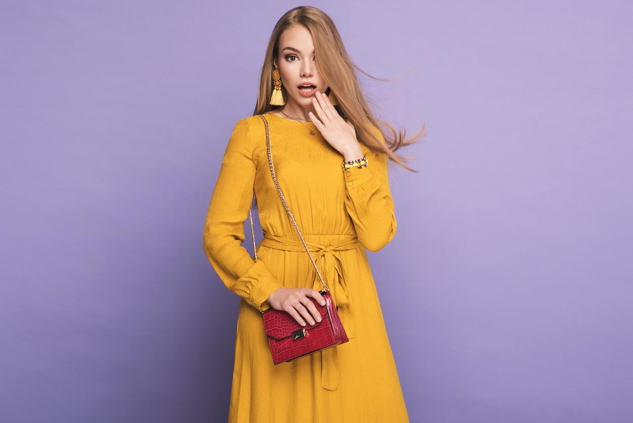 莎斯莱思优雅连衣裙 点亮你的整个夏季穿搭