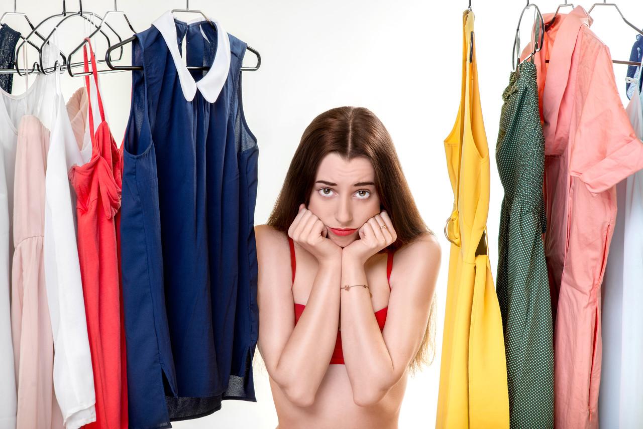 T恤+连衣裙 演绎出另外一种风格