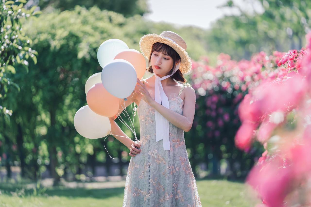 格纹短裙 夏日单品经典 完全诠释你的青春美感