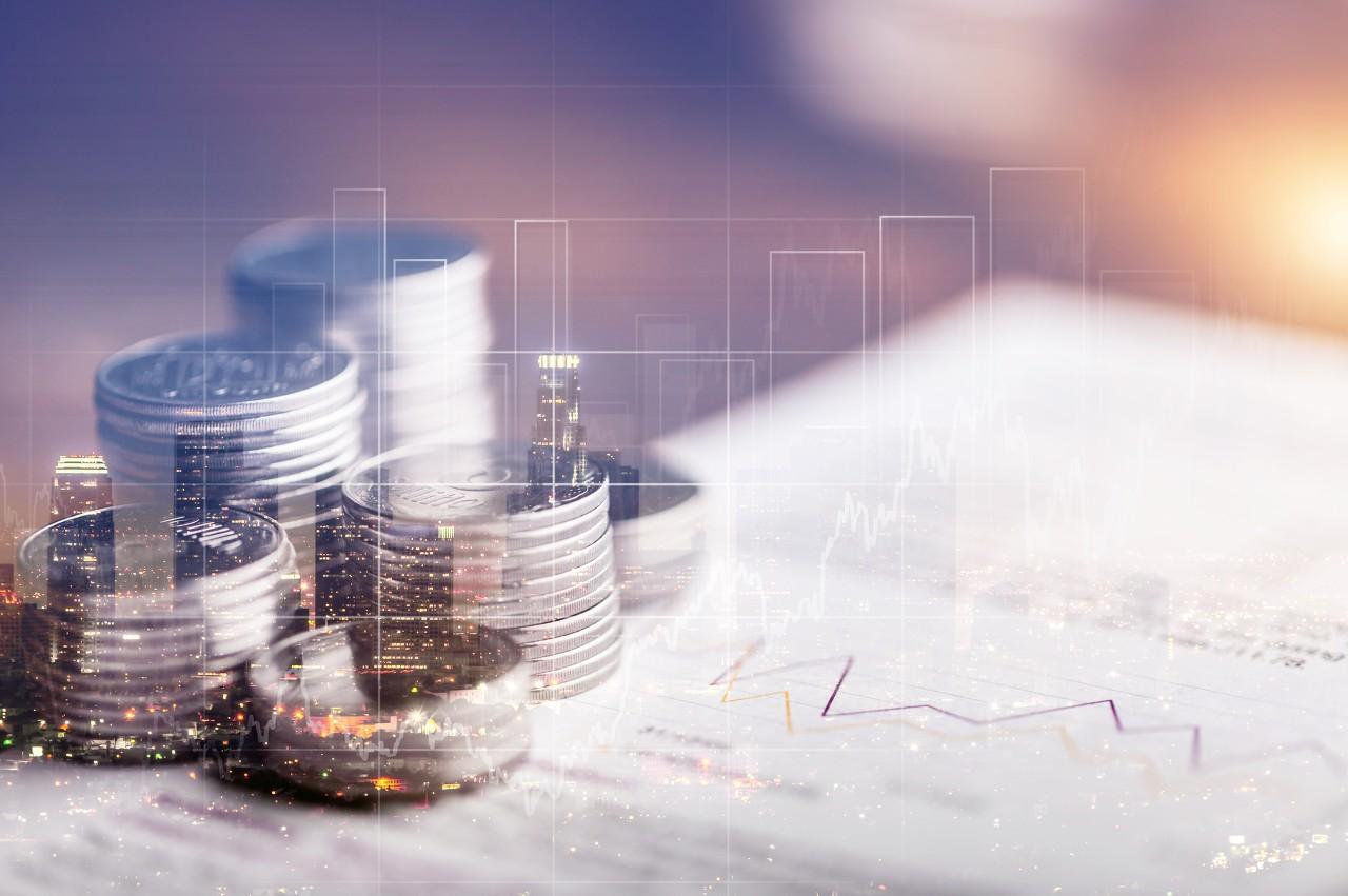 美国薪资上涨导致通胀率大升 现货白银冲高承压