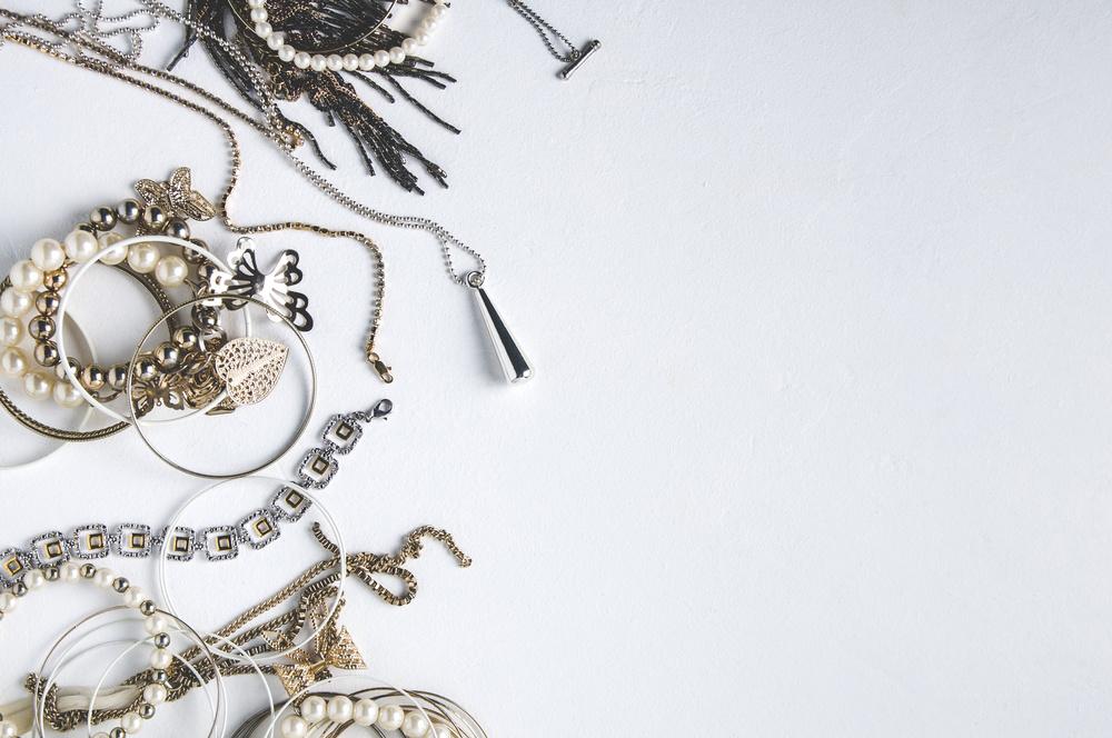 卡地亚SHARKARA项链 精湛宝石工艺展现迷人的色彩组合