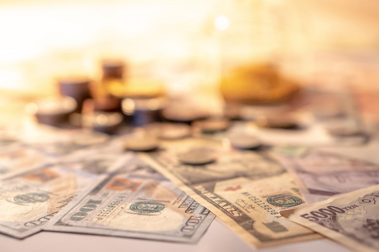 美通胀持续膨胀 黄金维持1810